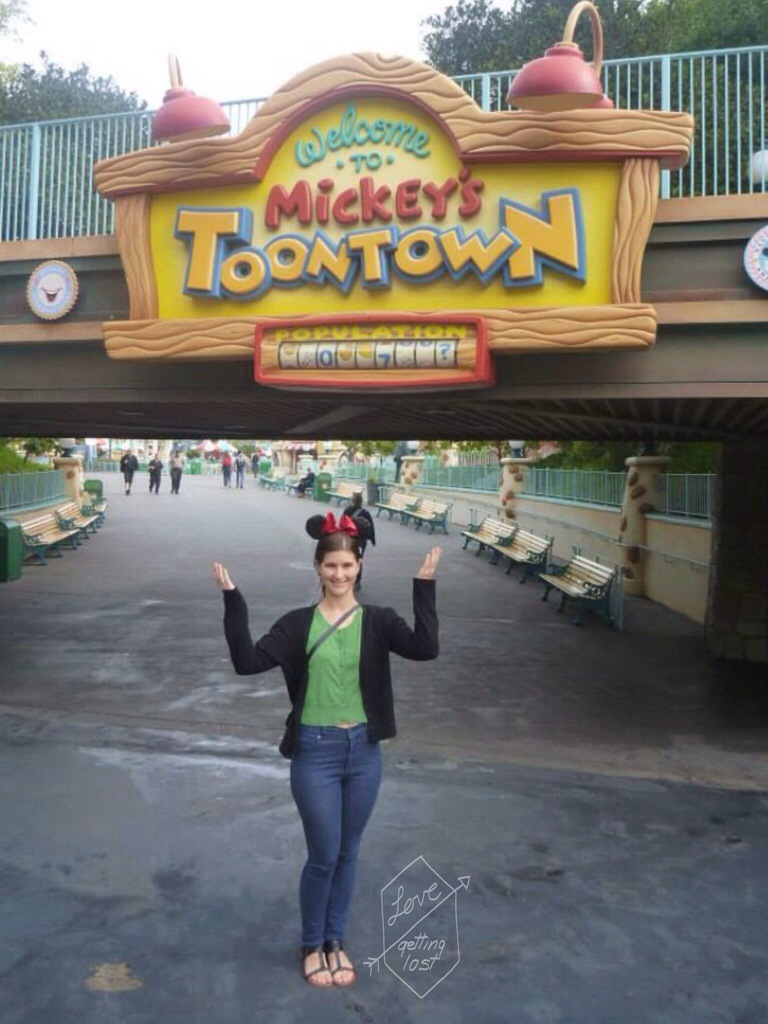 disneyland mickey's toontown entrance underpass
