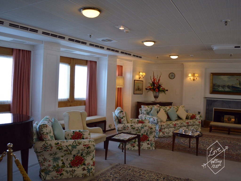 Lounge room, Royal yacht Britannia, Edinburgh, Scotland, United Kingdom
