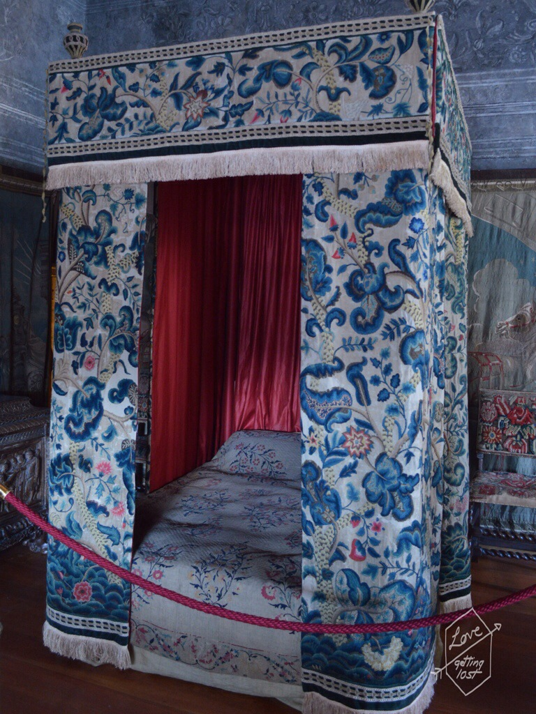 Bed room in Mary Queen of Scots Apartment ,Holyrood Palace, Edinburgh, Scotland